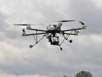 Control robotizado de las malas hierbas combinando flotas aéreas y terrestres