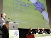 El presidente de Aragón pide al sector agrario compromiso en la aplicación de innovación