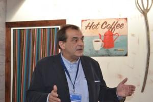 Javier Jiménez, nuevo director agrícola de la marca, durante la rueda de prensa en el stand de Taurus en FIMA.