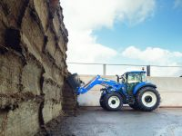 New Holland T5.120 obtiene el título 'Best Utility' en los premios Tractor of the Year 2017