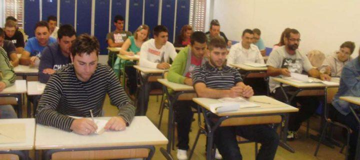 Extremadura publica el decreto regulador de las ayudas a la primera instalación de jóvenes agricultores