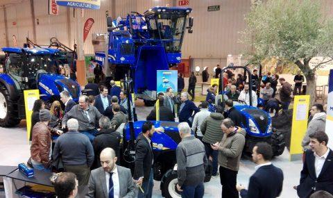 Las nuevas series de tractores New Holland T4 FNV y TK4, primicia en Tecnovid