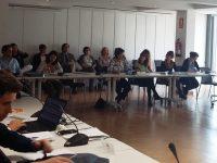 El Mapama analiza líneas de ayuda para promover el relevo generacional en el campo