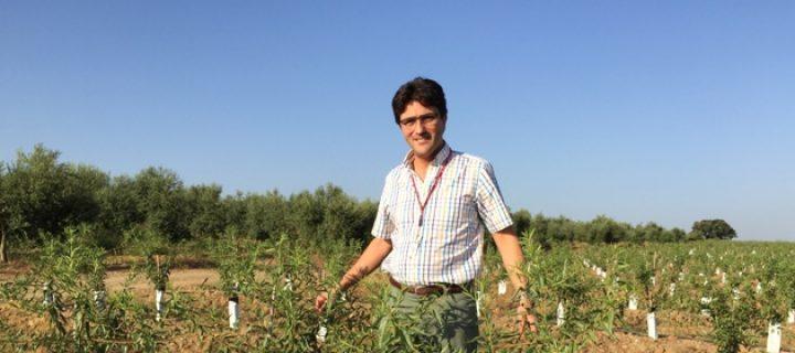Ricardo Aguayo, criando naranjos y almendros 4.0
