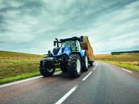 New Holland introduce un sistema de freno inteligente de remolque patentado en sus tractores T7 y T6 AutoCommand