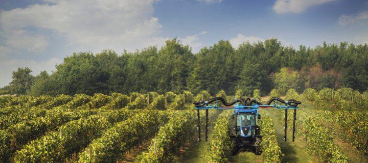 New Holland amplía su oferta de tractores especiales