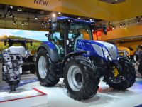 Nuevo New Holland T5 Auto Command